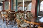 Качествени столове от бамбук за зимна градина