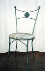Изпълнение на нестандартни проекти за столове от ковано желязо
