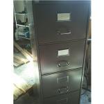 шкаф метален