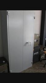 Метални шкафове за документи, за аптека