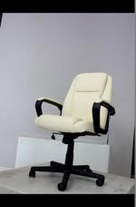 кремави офис столове  на едро